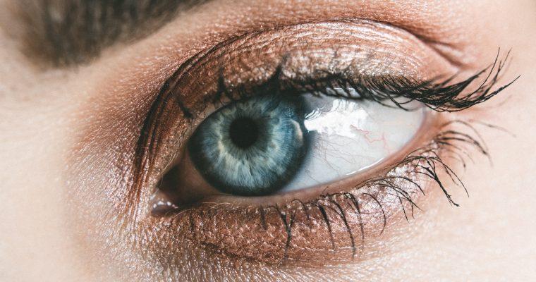 Welke oogkleur je ook hebt, zo laat je jouw ogen stralen